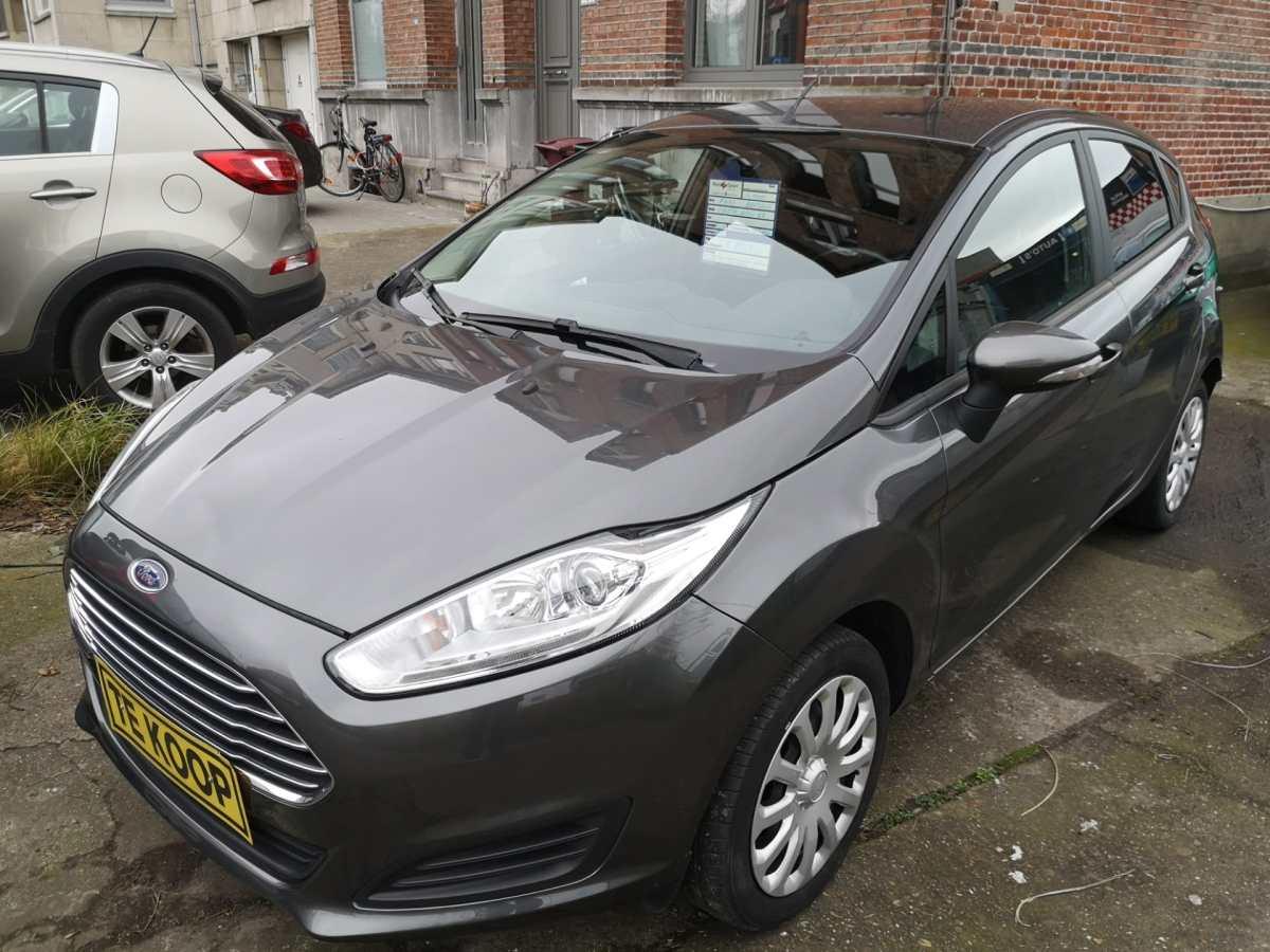 Ford Fiësta €8.950,00