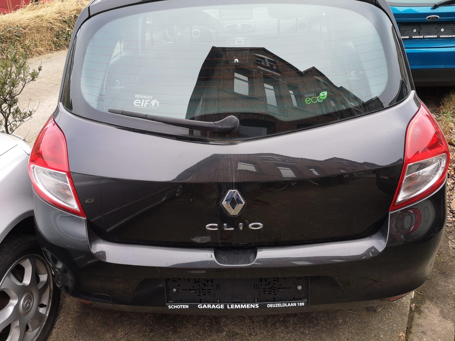 Renault Clio €4.495,00